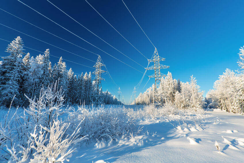 Brace Yourself: Winter Safety Tips For Linemen
